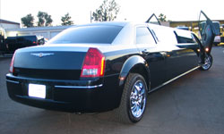 CHRYSLER 300M STRETCHED LIMOUSINE 2
