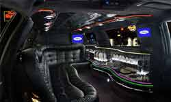 LINCOLN TOWN CAR STRETCHED LIMOUSINE 3